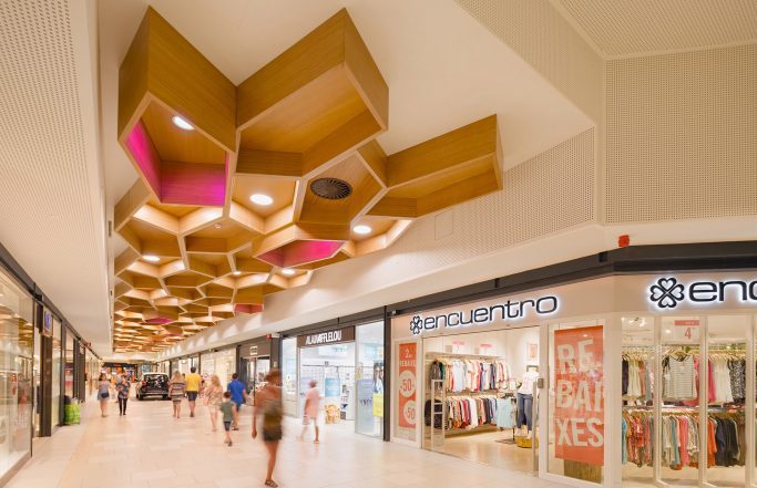 PARC CENTRAL shopping mall